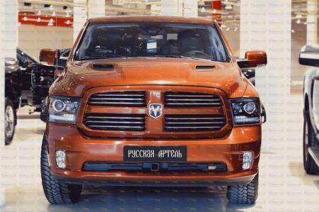 Dodge-RAM 2009-н.в.-Накладки на передние фары (реснички) компл.-2 шт.-глянец (под покраску)