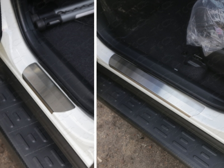 Toyota RAV4 2015 Накладки на пороги (лист шлифованный)