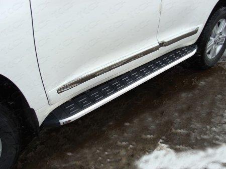 Toyota Land Cruiser 200 2015 Пороги алюминиевые с пластиковой накладкой (1720 из 2-х мест)