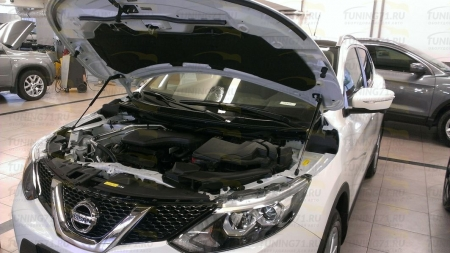 Газовые упоры капота Nissan Qashqai j11 2014-