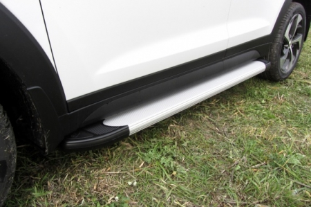 "Hyundai TUCSON 2015-4WD-Пороги алюминиевые ""Optima Silver"" 1700 серебристые"