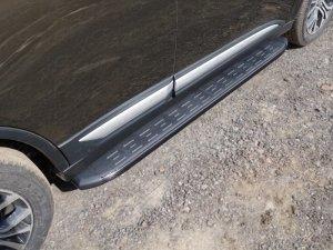 Mitsubishi Outlander 2015 Пороги алюминиевые с пластиковой накладкой (карбон черные) 1720 мм
