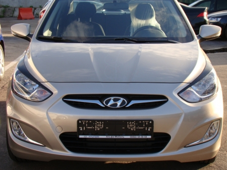 АБС-пластик Реснички на фары Hyundai Solaris(2010-2013) var№1