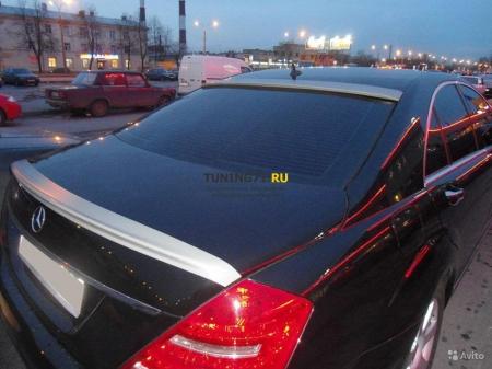 2005 - 2013  Mercedes 221 Козырек ABS пластик Накладка на заднее стекло 1 шт.