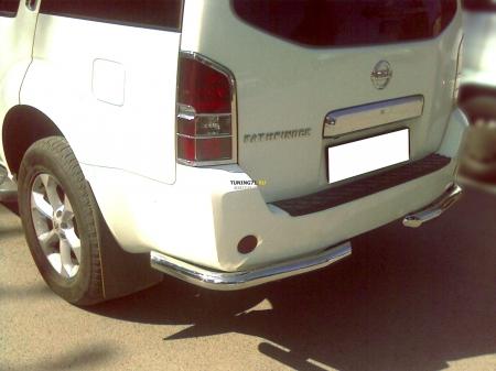 """Nissan Pathfinder 2010-2013г.в.-Защита заднего бампера """"уголки"""" d-76"""